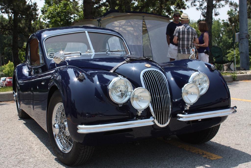 1952-jaguar-xk120-fhc-01