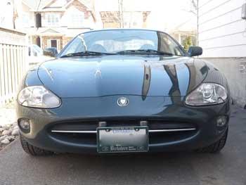 1999-Jaguar-XK8-000