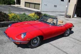 1969-Jaguar-E-Type-Roadster-000